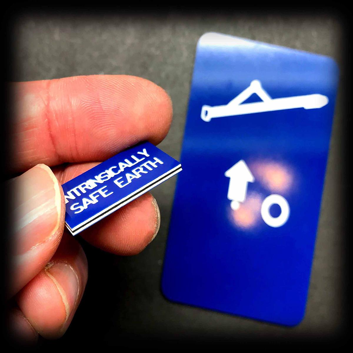 1.5mm blue traffolyte engraving